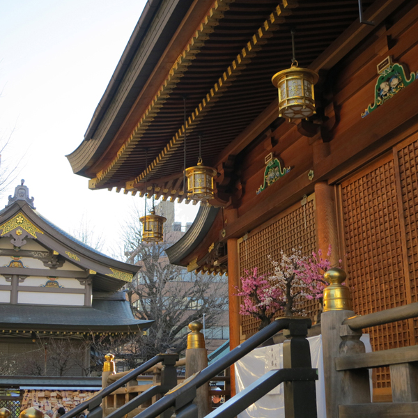 The unpainted wood and gold style of shrine is my favorite, and this is the most beautiful example I know.