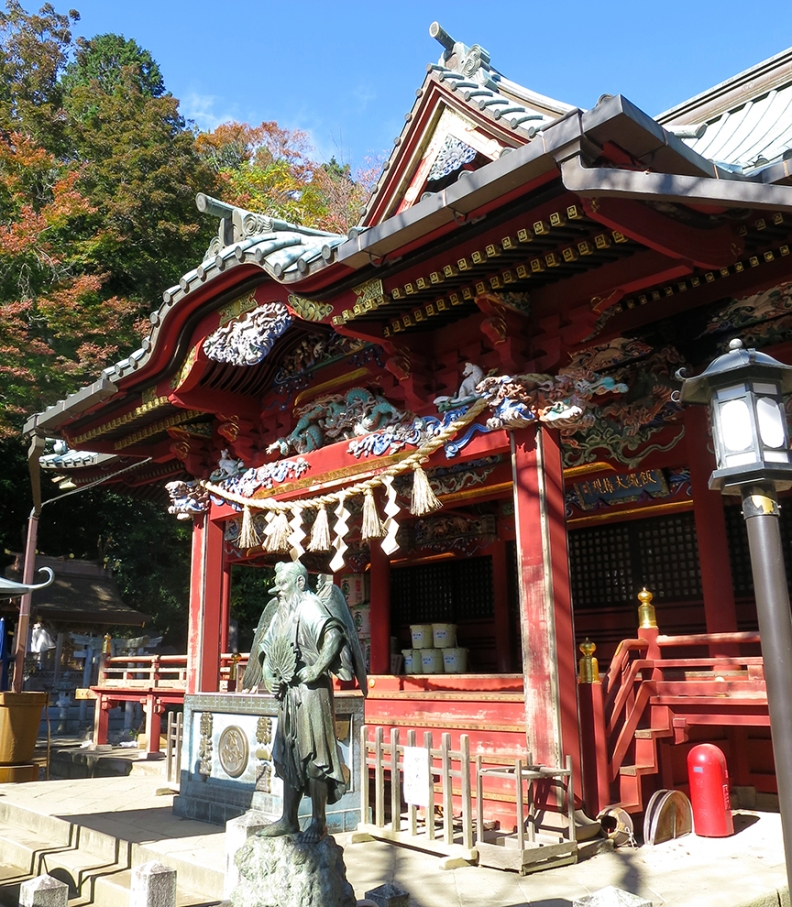 The shrine at the top of the mountain is a short walk from the cable car and chairlift.