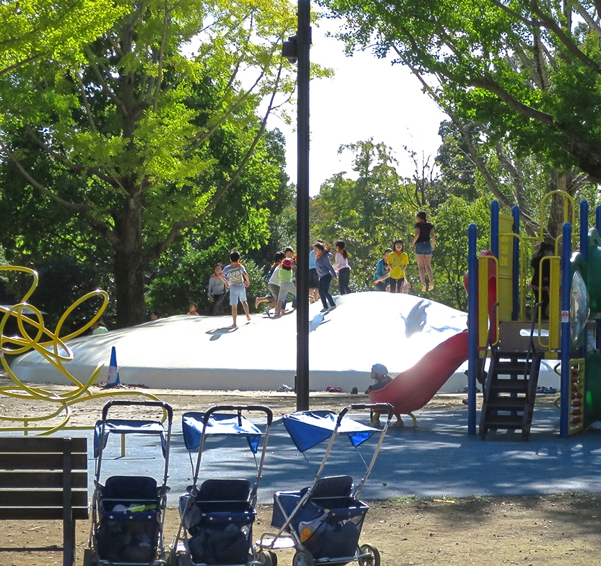 Kids never want to leave the playgrounds at Showa Kinen, because they are filled with delightful equipment like this bouncy mountain.