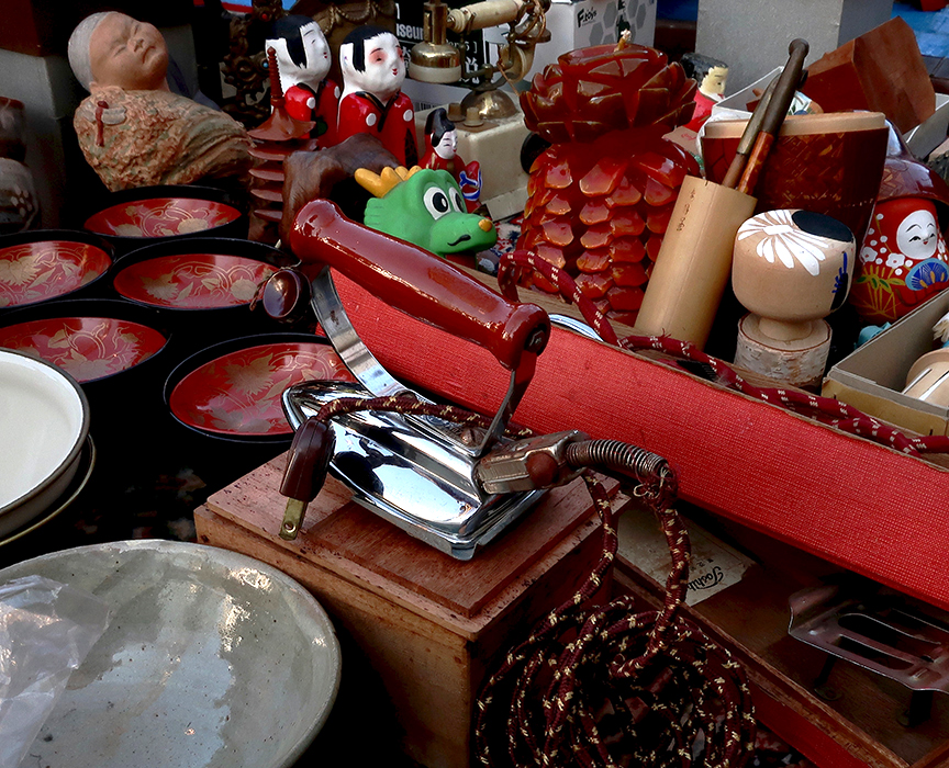 Antiques for sale at the Setagaya Boroichi Flea Market
